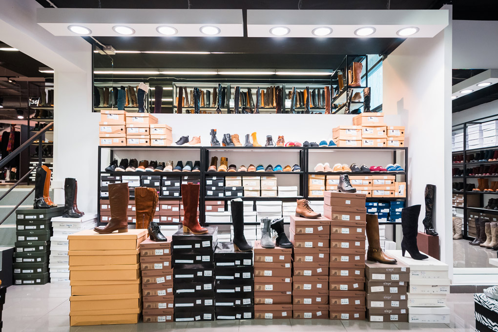 Tsouderos Shoes Store Design Factory Outlet Iidsk Interior Design Construction