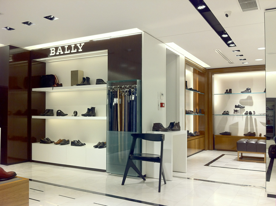 c6b07c6ff25 Nak | Shoes store design | Stadiou ave. | iidsk | Interior Design ...